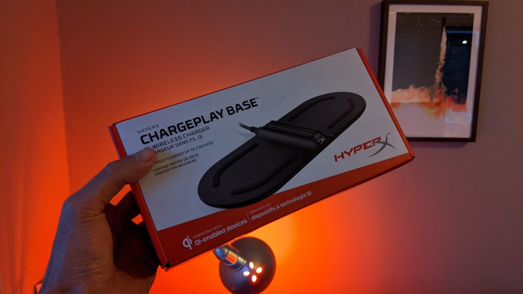 Caixa da hyperx chargeplay base
