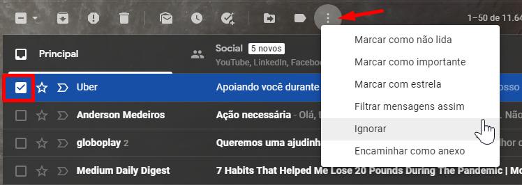 """Ignore uma mensagem clicando no três pontinhos e selecionando a opção """"Ignorar""""."""