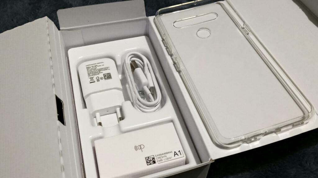 LG K61 kit com carregador e fones de ouvido