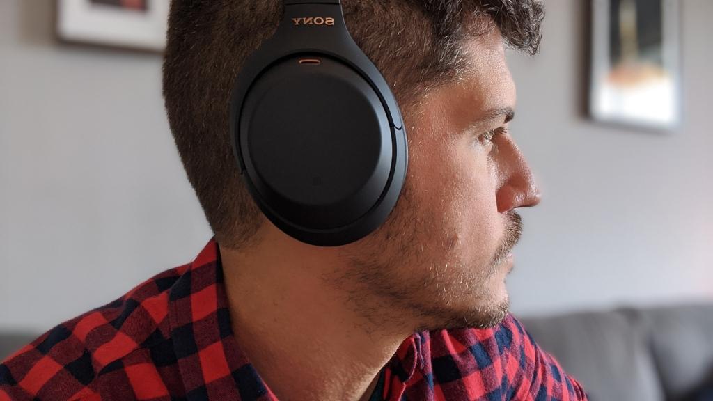 Review: fones de ouvido sony wh-1000xm4 trazem qualidade sonora inigualável e cancelamento de ruído melhorado. O wh-1000xm4 é a evolução perfeita do xm3, entregando tecnologias de ponta e um produto excepcional