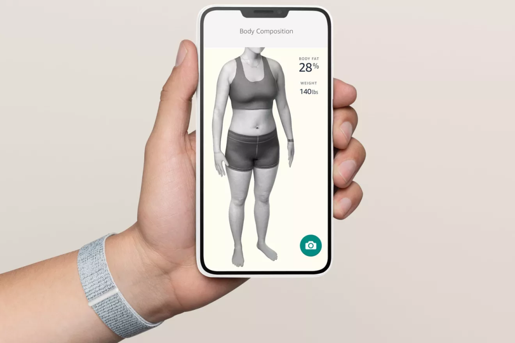 Um dos recursos da amazon halo band é usar a inteligência artificial para traçar um modelo mais preciso da gordura corporal do usuário (imagem: divulgação/amazon)