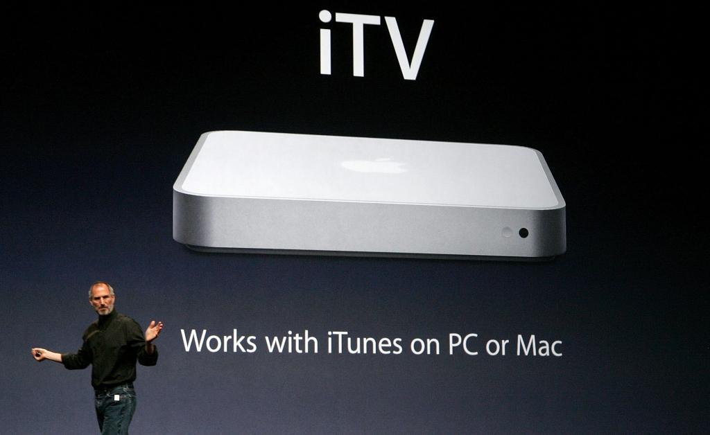 """Os 28 anúncios da apple e a história do """"one more thing"""". Entenda por que ouvir a expressão one more thing virou o momento mais aguardado de qualquer apresentação da apple"""