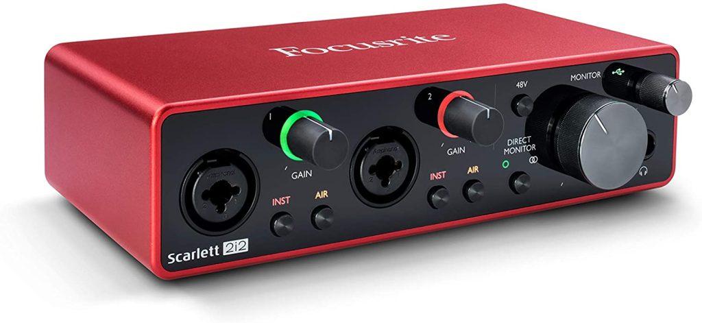 Uma interface de áudio irá melhorar e muito a sua qualidade sonora.