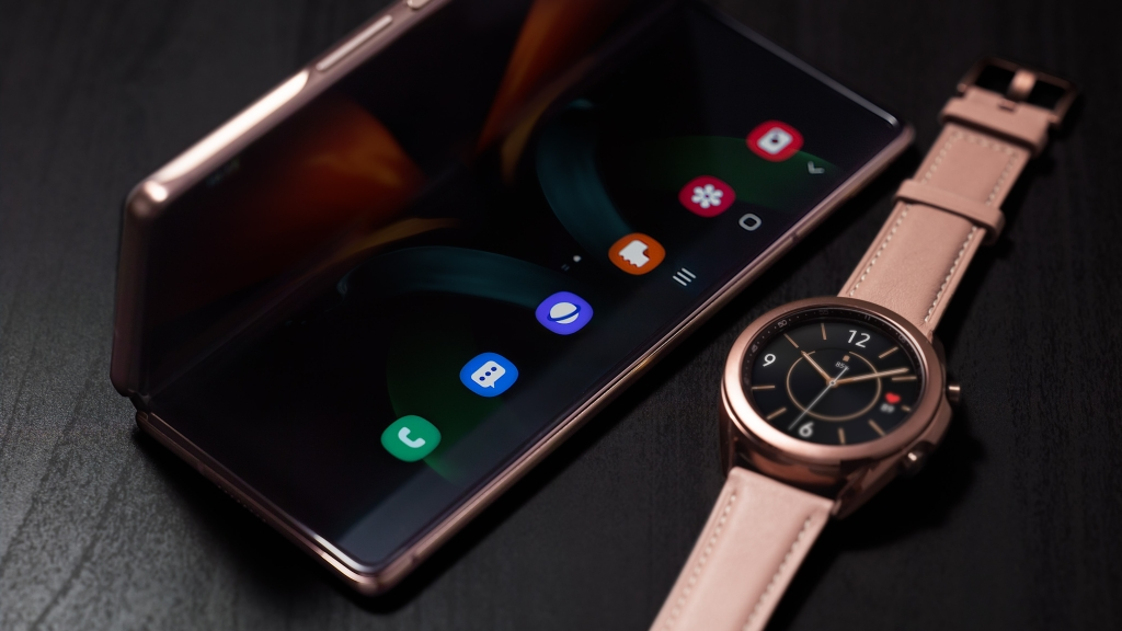 Galaxy Z Fold 2 e Galaxy Watch