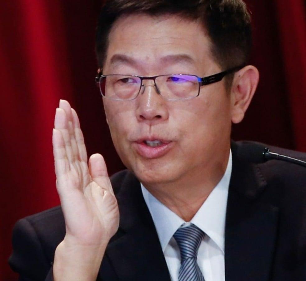 Young liu, chairman e ceo da foxconn technology group: executivo admite que protagonismo chinês está ameaçado por sanções dos eua (foto: ashley pon/bloomberg)