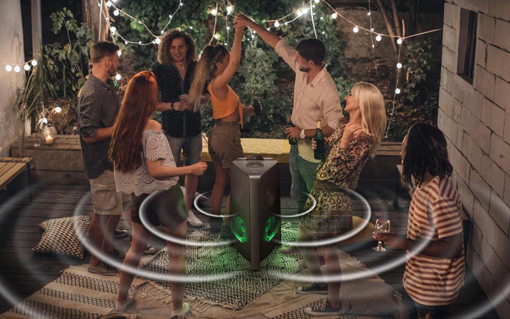 Samsung lança mx-t55, caixa de som vertical para festas. Modelo sound tower mx-t55 tem 500w rms, conecta 2 aparelhos bluetooth e tem funções dj e karaokê