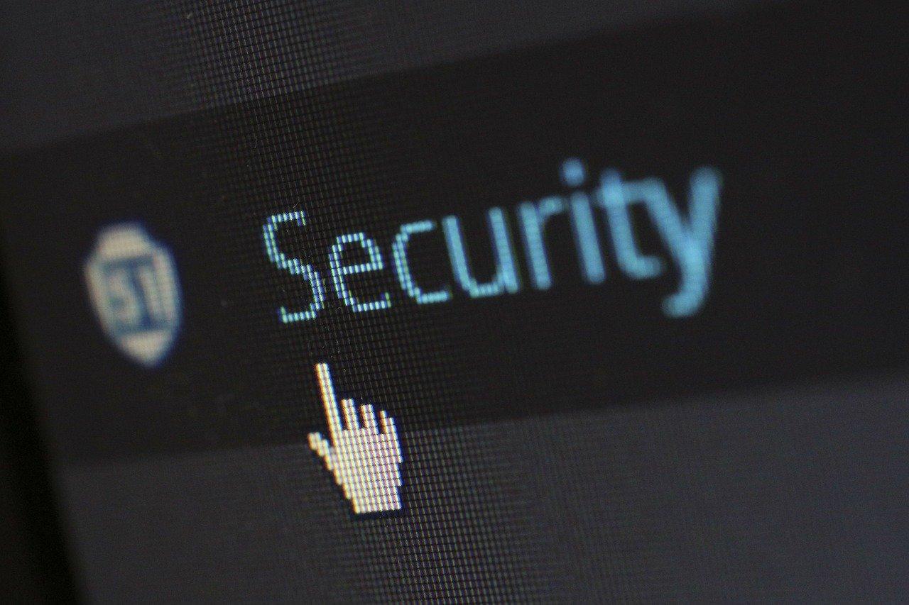 Em 2020, por causa da pandemia, os casos de invasão e de roubo de dados aumentaram significamente. Separamos 8 aplicativos de privacidade para aumentar a sua segurança.