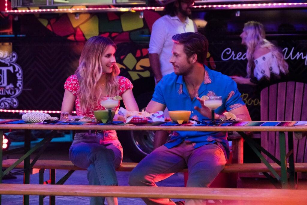 Cena do filme amor com data marcada.