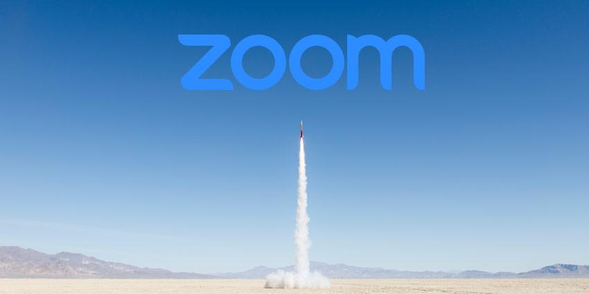 Foguete decolando para representar alta das ações da zoom