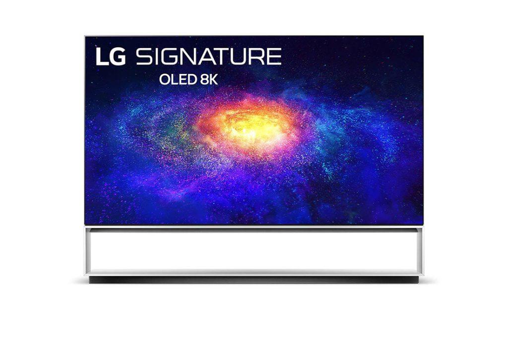 Televisão da lg de 8k com uma galáxia como plano de fundo