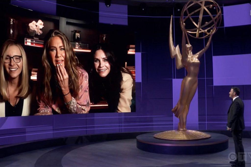Reencontro atrizes friends no emmy 2020 no showmecast