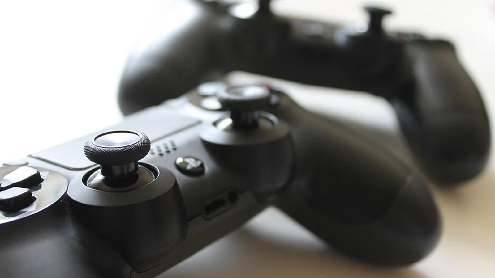Passa o controle: projeto ajuda a doar videogames usados para um novo lar. O projeto passa o controle leva consoles de videogame sem uso a jogadores que não têm recursos para adquirir um