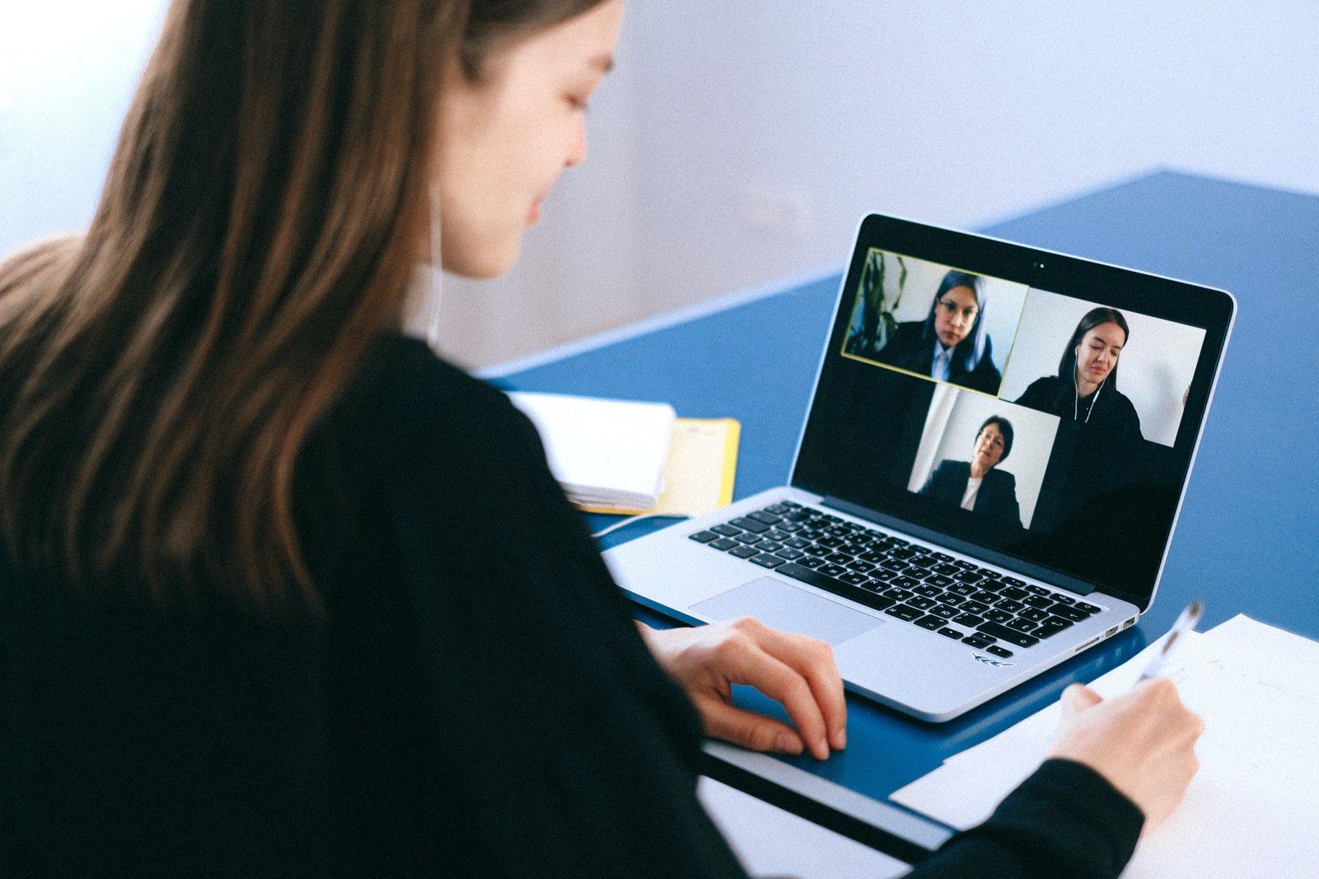 Como gravar uma reunião no zoom
