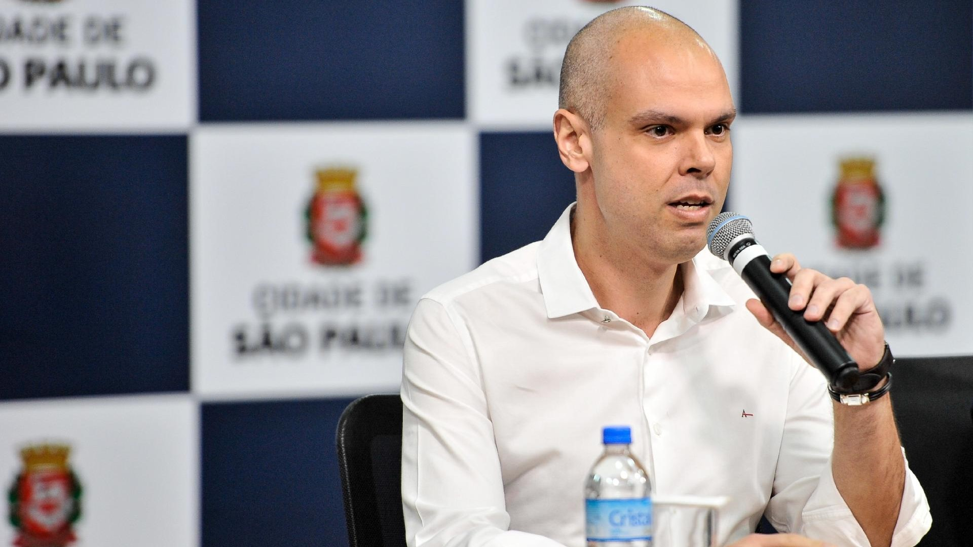 Foto do bruno covas, prefeito de são paulo, que assinou decreto para home office permanente