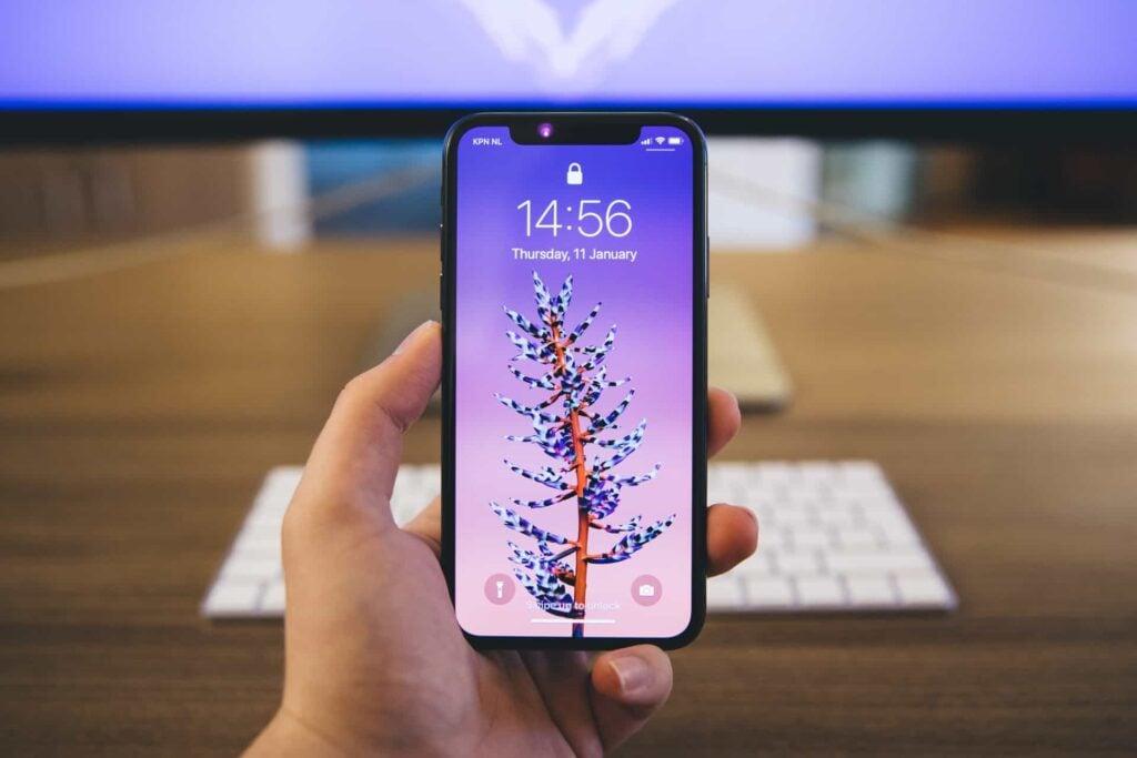 Qual iphone eu devo comprar x