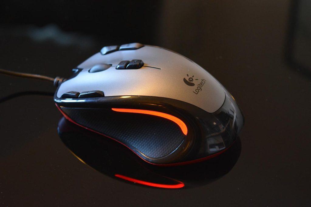 6 coisas para saber antes de comprar um mouse gamer. Procurando um mouse gamer pra vencer nas partidas? Trazemos tudo que você precisa saber antes de comprar o seu próximo mouse