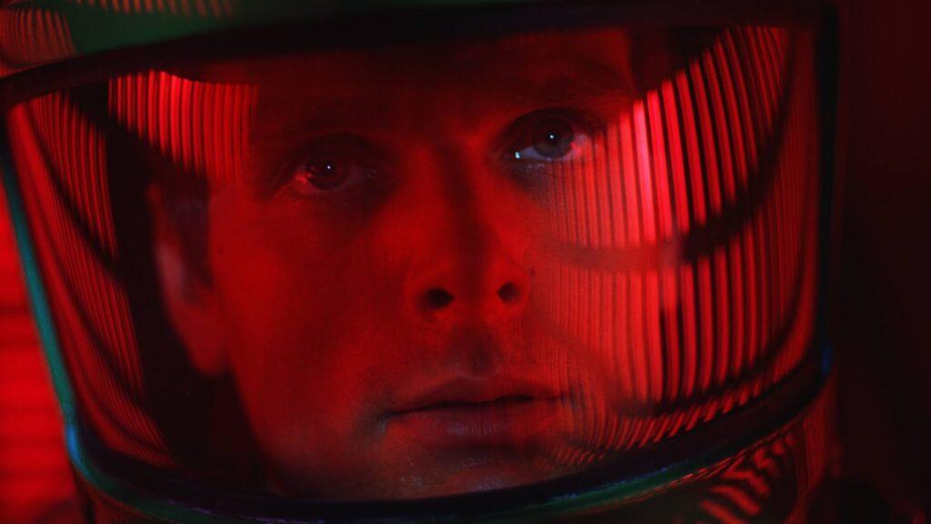 Filmes sobre espaço no showmecast