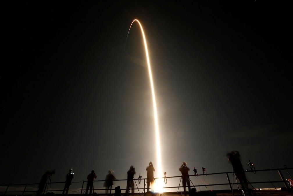 Imagem do lançamento da crew-1