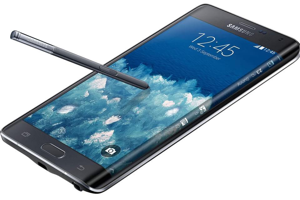 Galaxy note edge, um dos primeiros celulares com tela curva.