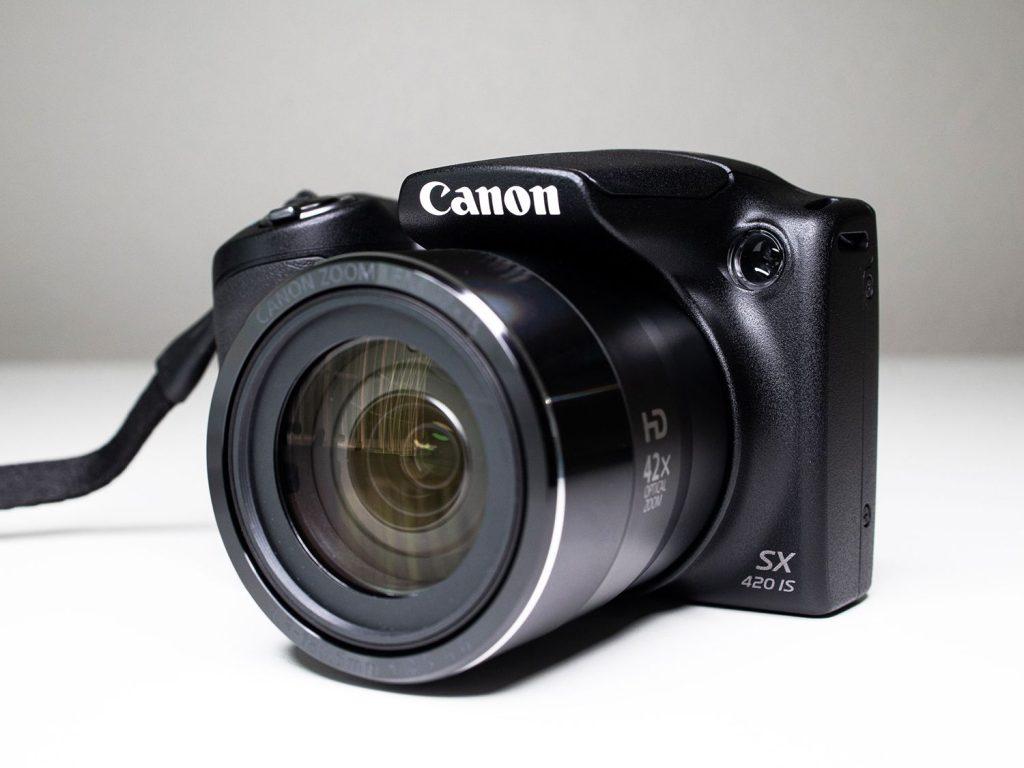 A canon powershot sx420 is é uma das melhores câmeras na black friday