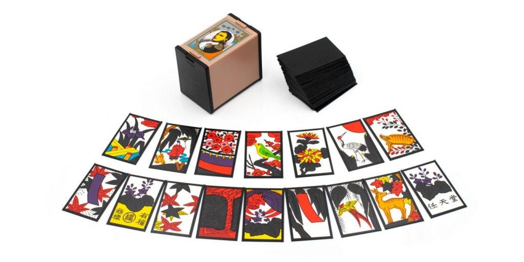 Um dos inúmeros modelos diferentes de cartas de hanafuda.