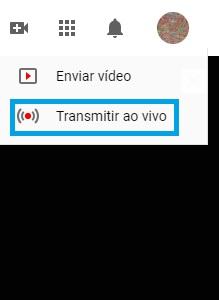 """Para transmitir gameplay no youtube basta clicar no botão """"ao vivo"""" na tela inicial."""