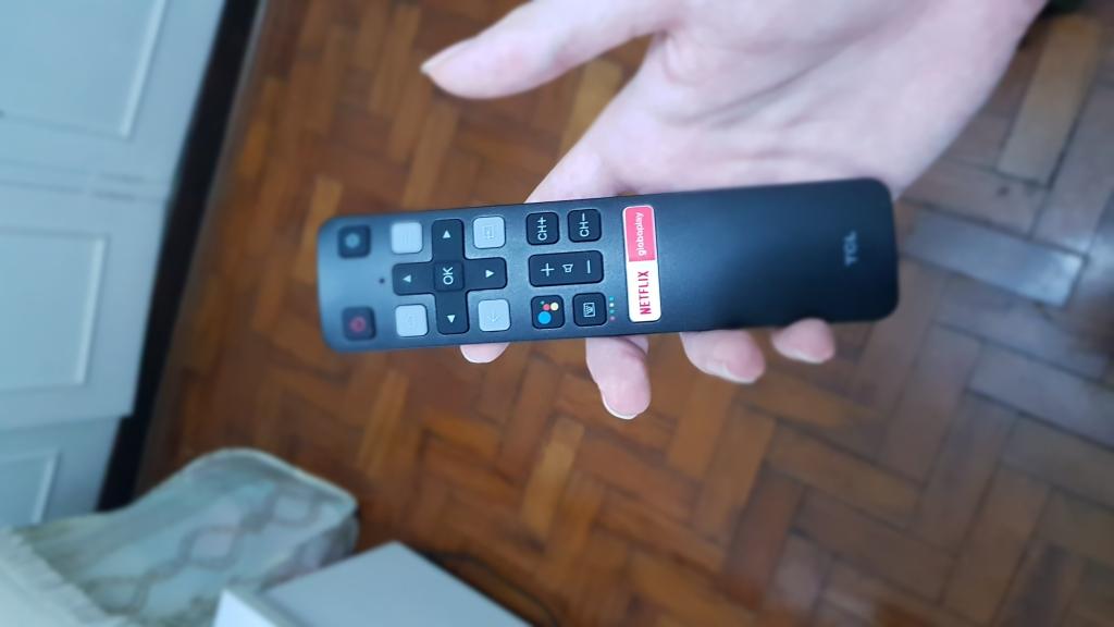 Controle remoto da p715, preto, pequeno e estiloso