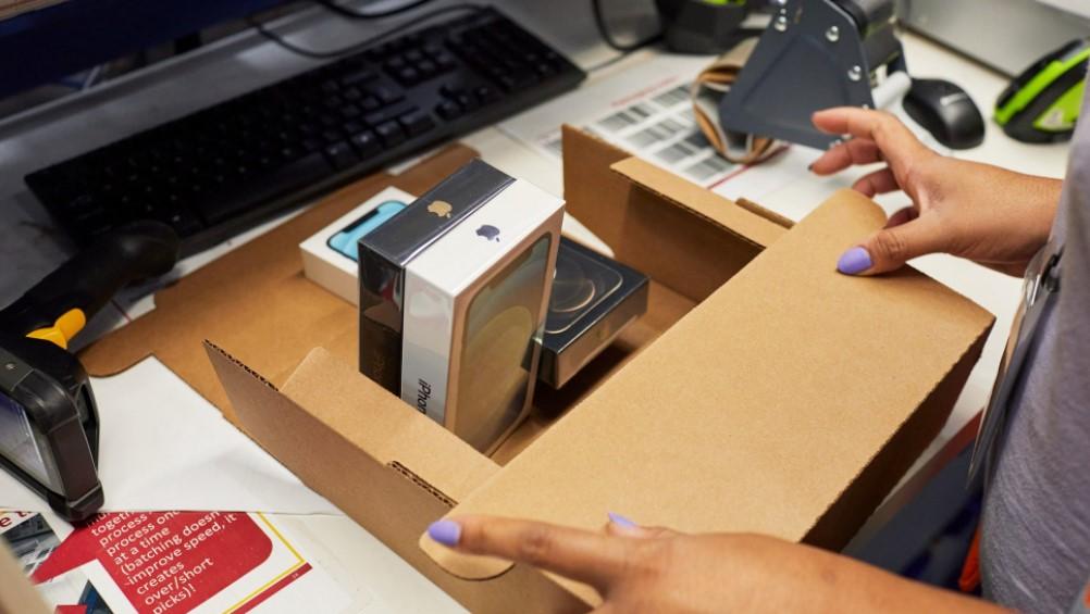 Carregador do iphone terá que ser vendido com os aparelhos no brasil, segundo o procon-sp