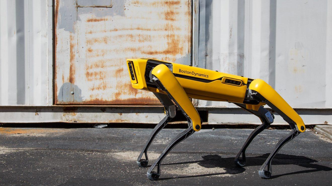 Cão-robô em marte auxilia nasa a explorar o planeta vermelho. Nasa e boston dynamics desenvolvem o au-spot, que será o cão-robô em marte, para explorar a superfície do planeta vermelho