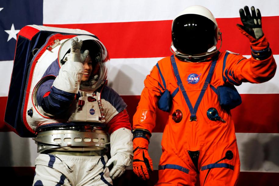 Os novos trajes poderão ser utilizados em missões da nasa para lua e marte (divulgação: reuters/carlos jasso)