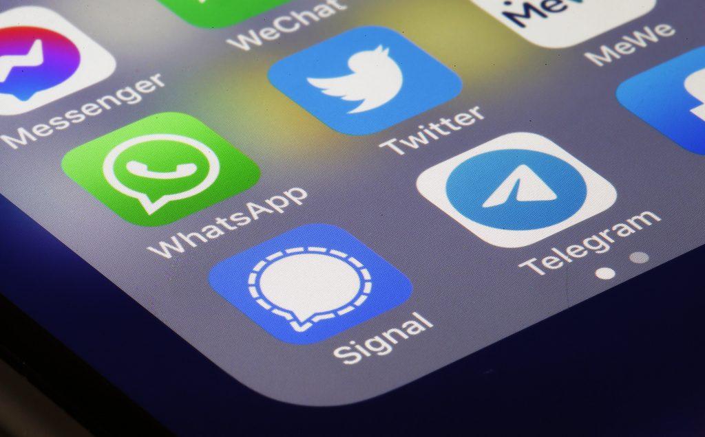 Whatsapp adiar mudanças de privacidade