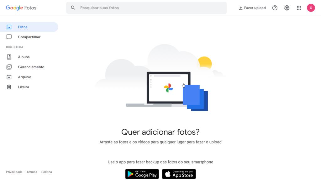 """Imagem do texto """"como fazer backup do google fotos"""" mostra o site aberto em um computador."""