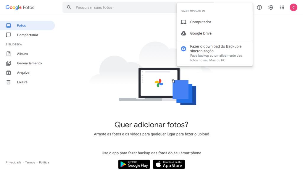"""Imagem do texto """"como fazer backup do google fotos"""" mostra o site aberto em um computador com a aba """"fazer upload"""" aberta."""