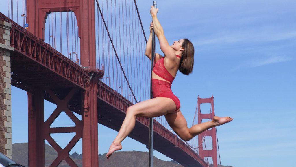 Série conta a história de empoderamento de mulheres através da prática de pole dance