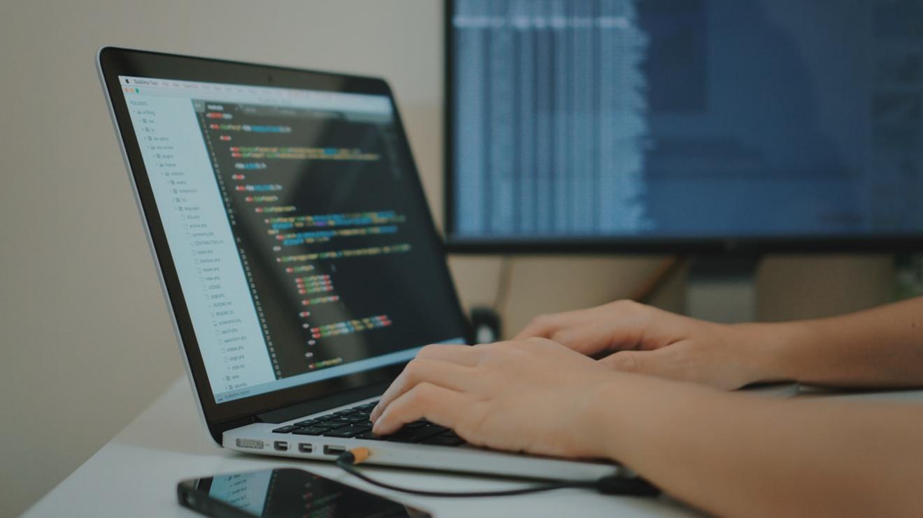 Comece a aprender programação de graça com essas 6 plataformas. Conheça 6 plataformas que vão te ajudar a aprender programação com qualidade e, melhor ainda, de graça