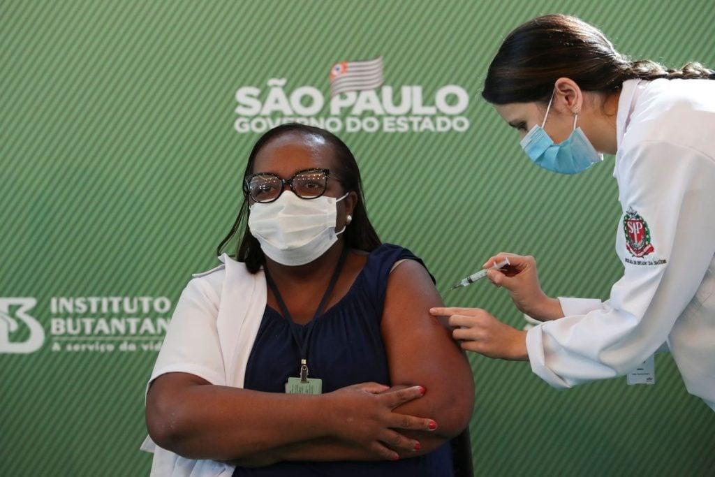 Saiba como fazer o pré-cadastro para vacina da covid-19