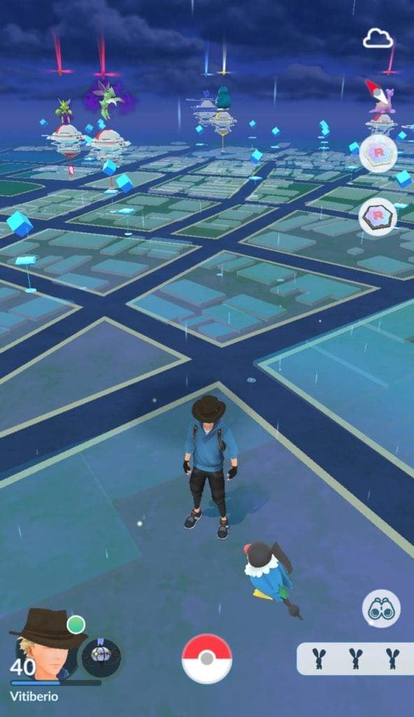 Tela de pokémon go mostra as ruas e pontos de interesse do mundo real.