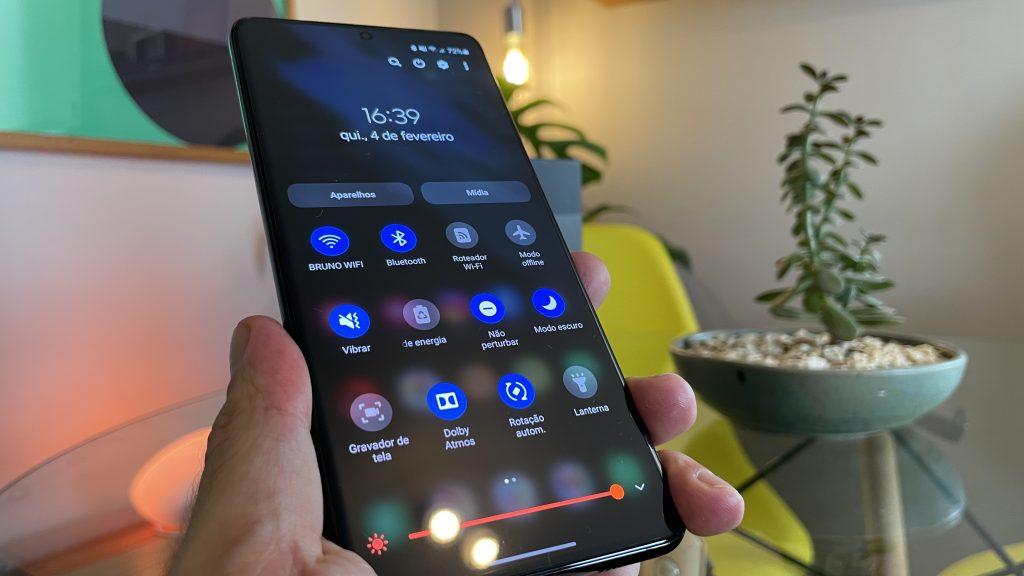 30 dicas e truques do galaxy s21, s21+ e s21 ultra para aproveitar o smartphone ao máximo. Aproveite o melhor do seu novo smartphone da samsung com essa seleção de dicas e truques do galaxy s21, s21+ e s21 ultra