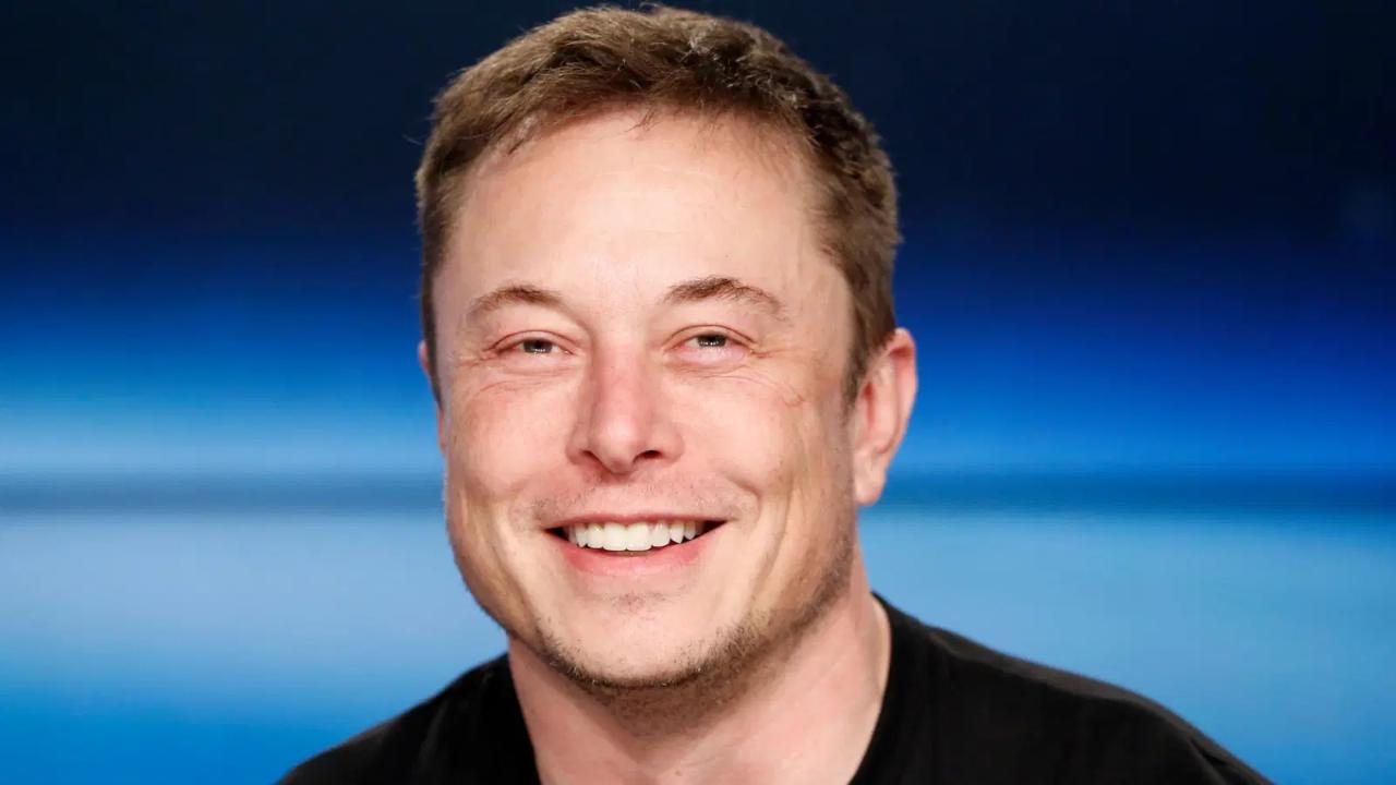 Tesla compra bitcoins e criptomoeda bate recorde de valorização