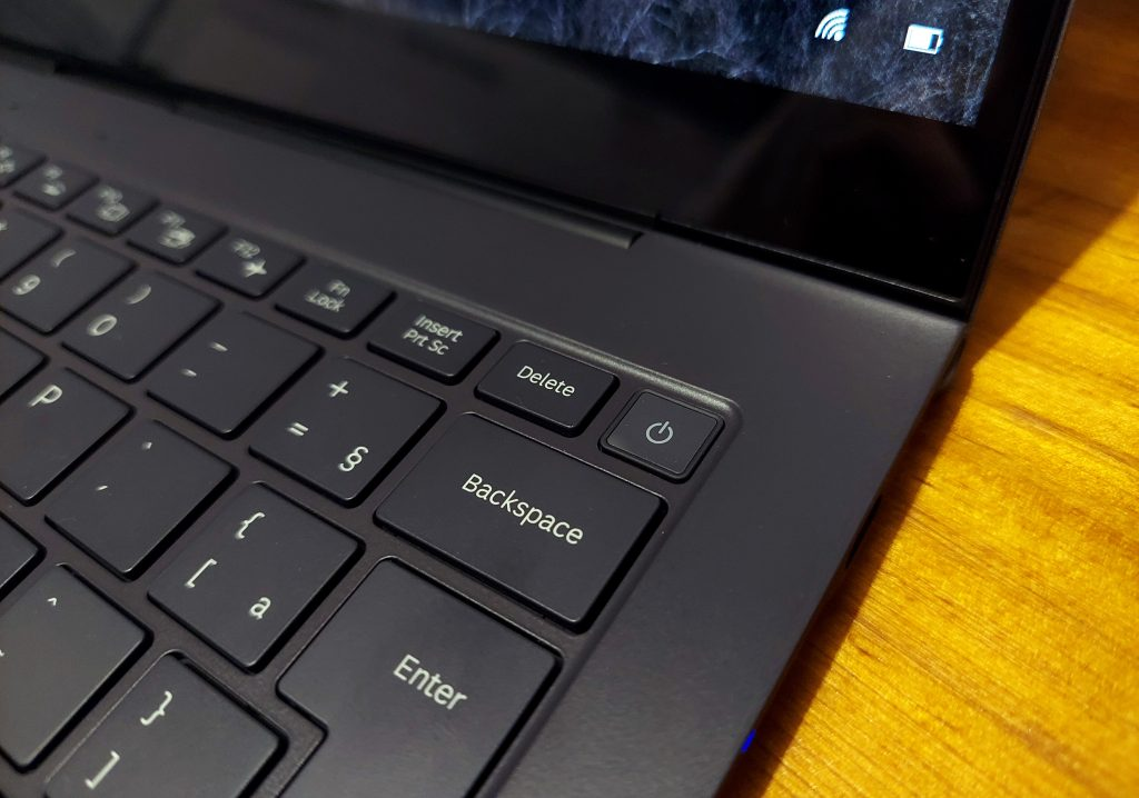 Galaxy book s on off
