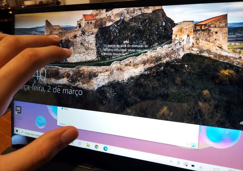 Galaxy book s desbloqueio da tela com a mão