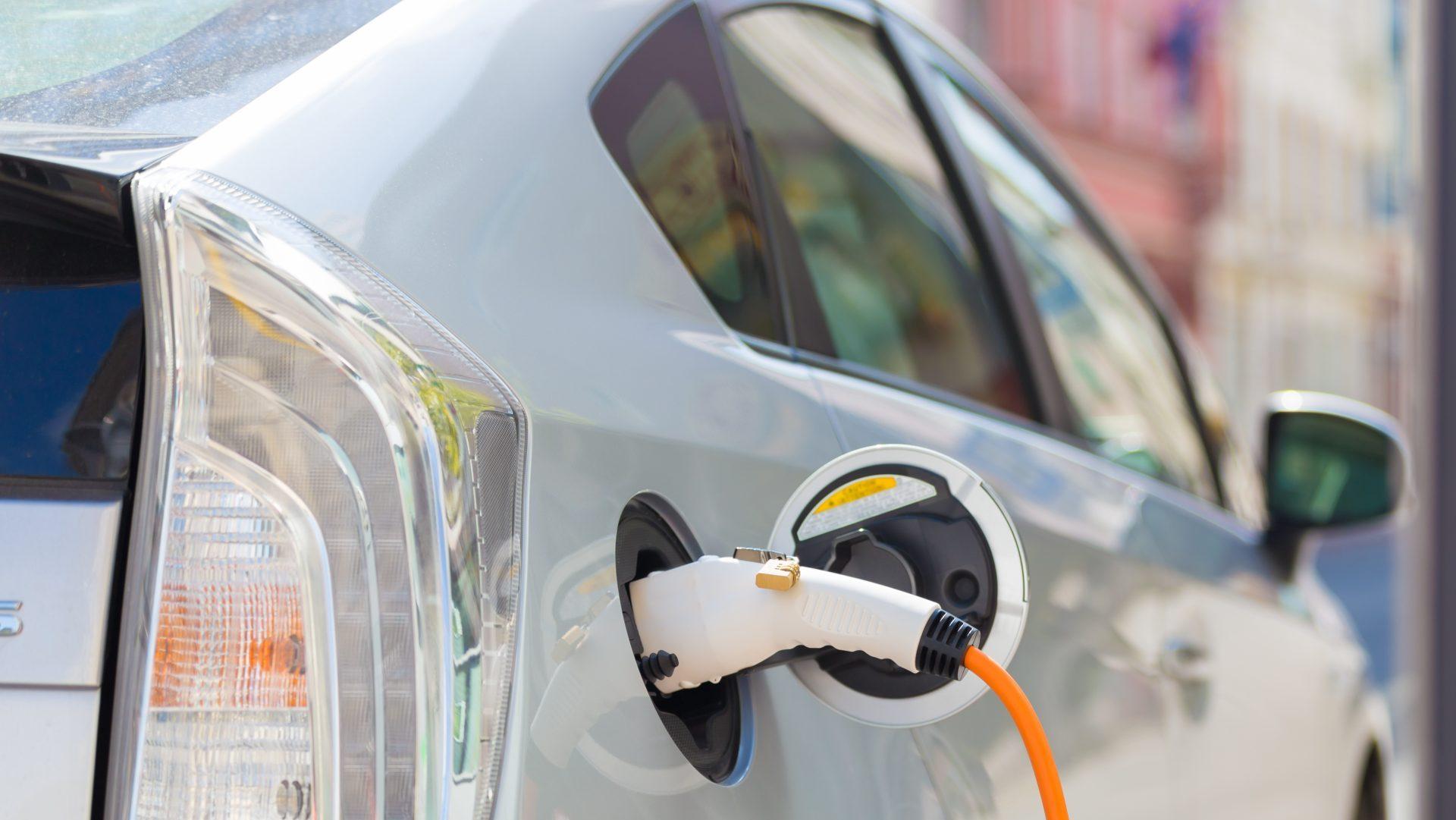 Carro elétrico no brasil pode ser a saída para as altas da gasolina