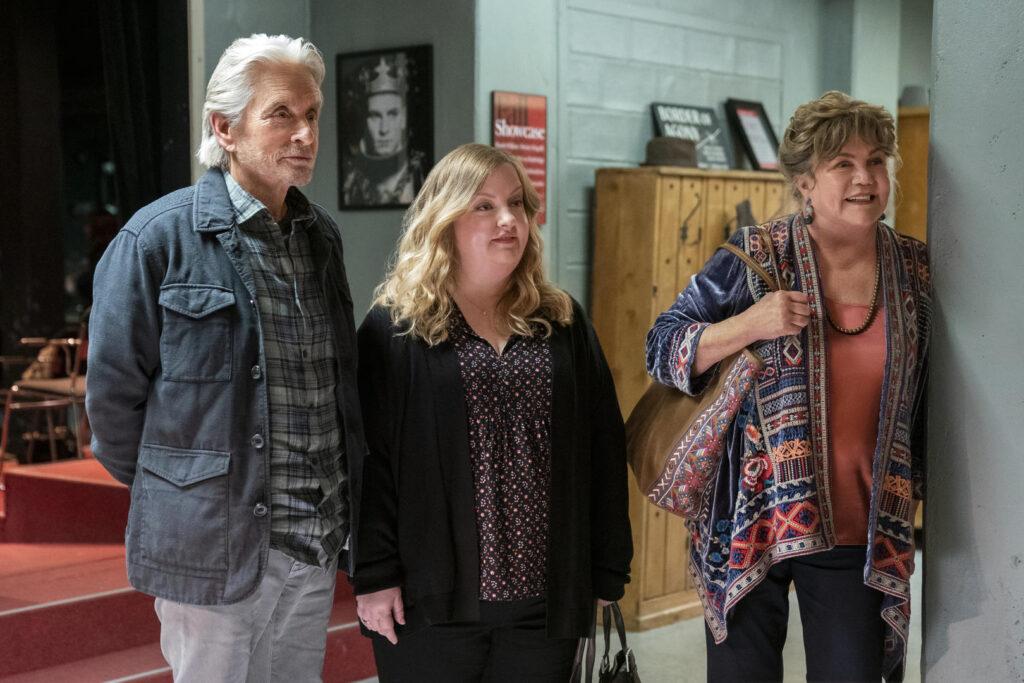 Michael douglas interpreta um ator que, longe de vivenciar a fama que um dia teve, acaba se tornando um professor de arte dramática