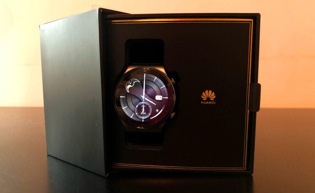 Huawei watchgt 2 pro na caixa