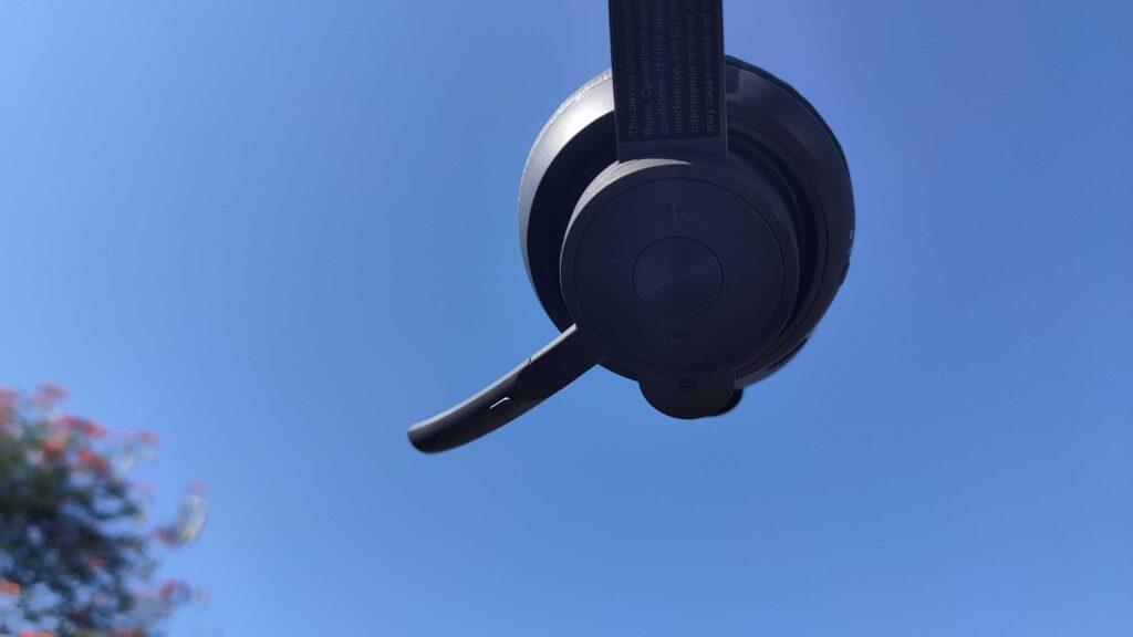 Review: logitech zone wireless é um headset super confortável. Logitech zone wireless é um headset premium sem fio super confortável, mas que peca na qualidade sonora, confira o nosso review
