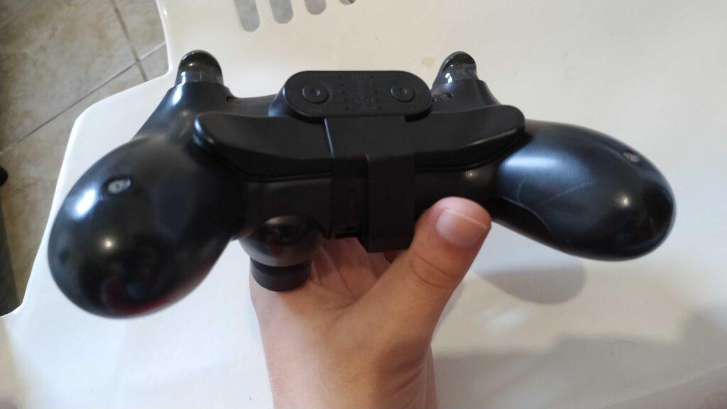 Paddle de ps4: vale a pena comprar?. Com o paddle de ps4 os jogadores de console conseguem um balanço para enfrentarem jogadores de pc