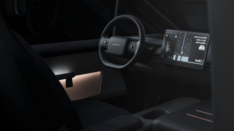 Carro elétrico arrival e uber