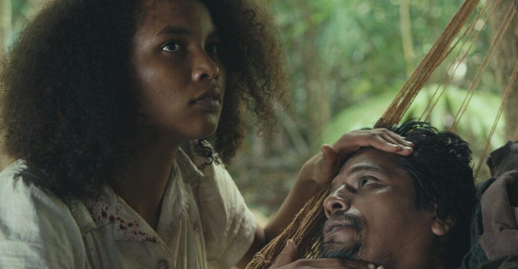 Indira rubie adrewin vive agnes em selva trágica