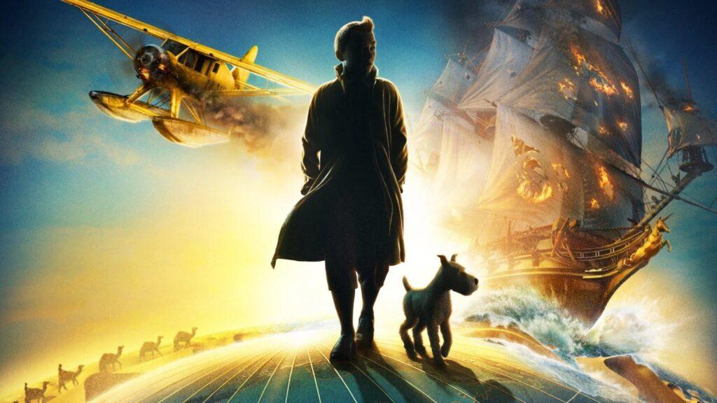 Tintin e milu caminham com um fundo o barco do unicórnio e um pequeno aeroplano.