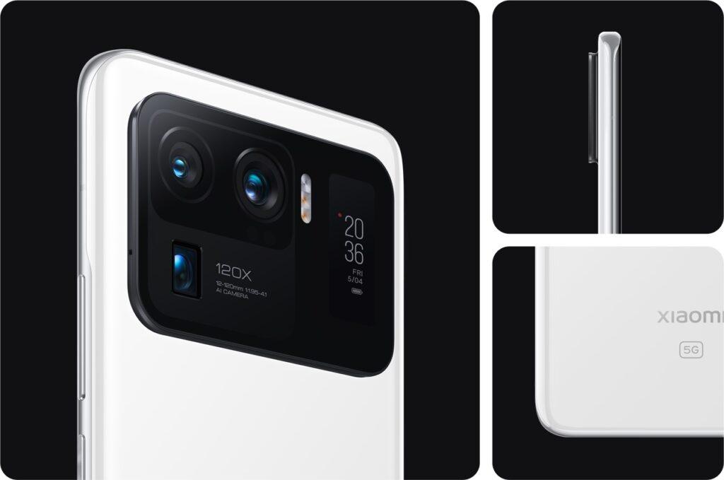 Xiaomi mi 11 ultra com uma pequena tela próxima às câmeras traseiras.